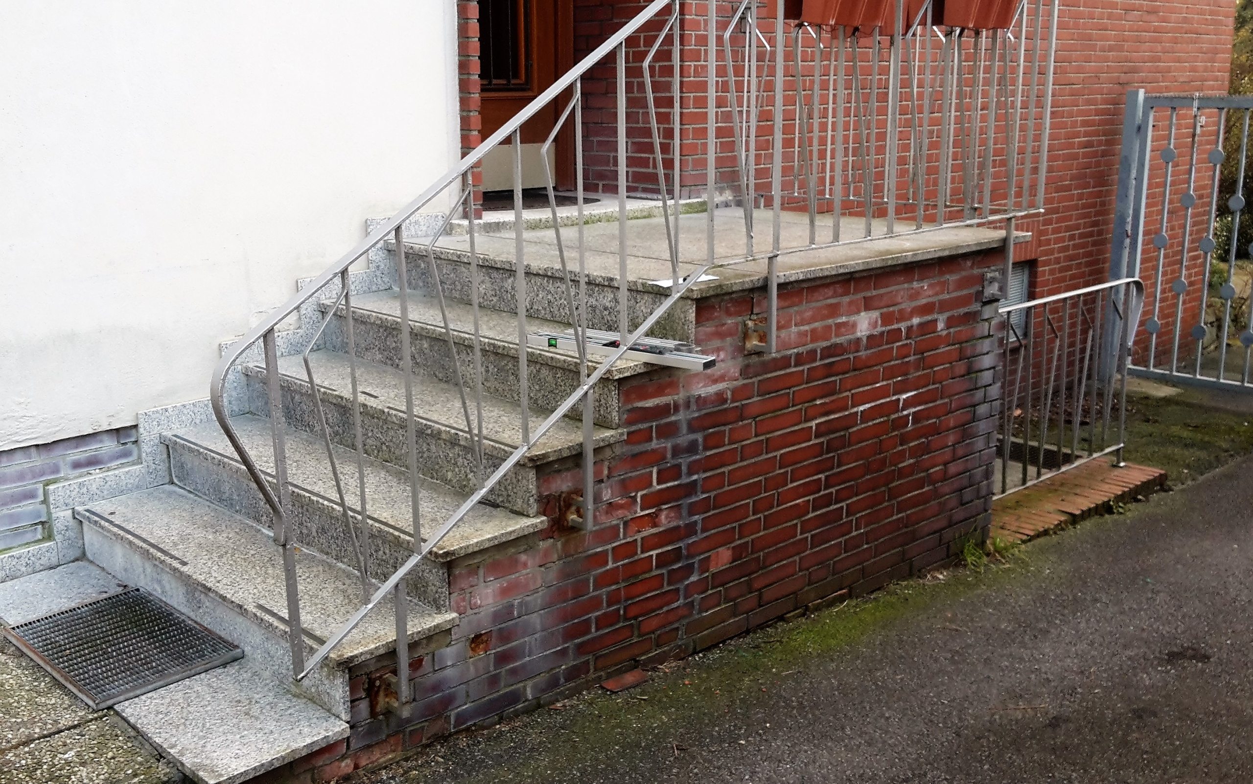 Edelstahl Treppengeländer vorher