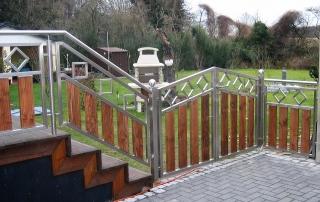 Edelstahl Zaun mit Holzfüllung von Stefan Eibel aus Herten